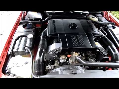Car Engine Cleaning: Mercedes SL500 car engine cleaning and detailing