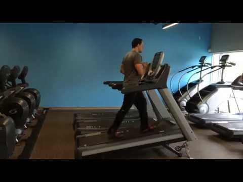 How to properly walk on incline on a treadmill