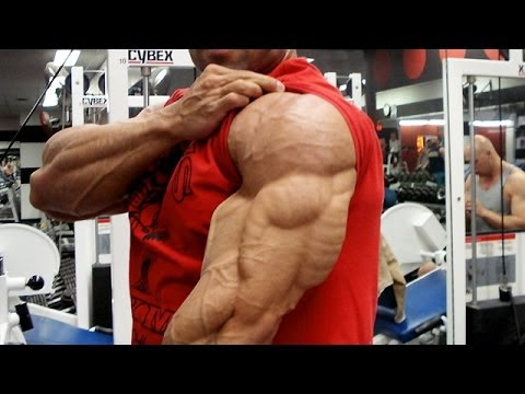 Build Bigger Triceps with Close-Grip Bench Press