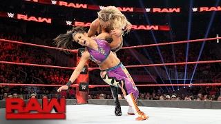 Bayley vs. Charlotte Flair - Raw Women