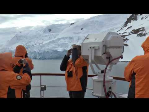 Antartica  Seabourn Cruise    Admiralty Bay   King George Island #2 South Shetland Islands    3 Dec