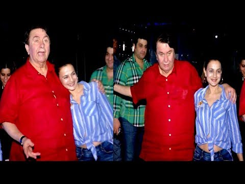 Drunk Randhir Kapoor Misbehaves With The Photographers