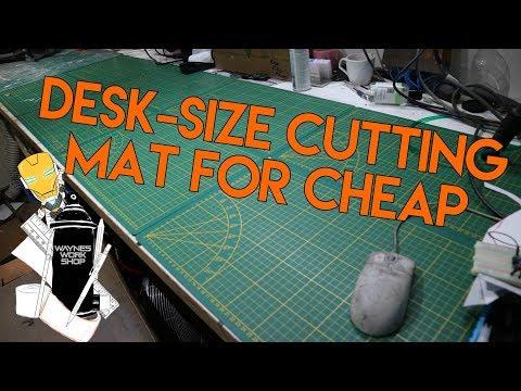 Desk-size cutting mat for CHEAP