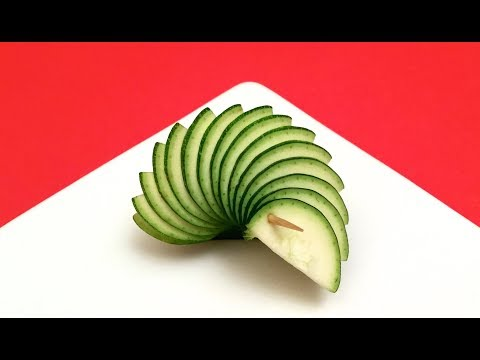 How to Make Zucchini Garnishes / Food Art, Sushi Plate, Party Idea, Cooking Tips, Cut