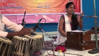 Saiyan mile larkaiyan mai ka karu by Deepika shukla-Rajeev saxena musical group,Kanpur