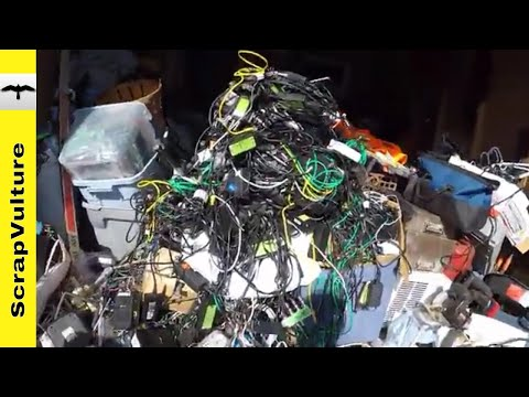 Scrapping & Selling GIANT PILE of AT&T DIRECTV Gear eWaste from THE UPS STORE DUMPSTER