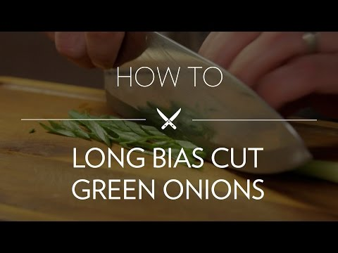 Long Bias Cutting Green Onions