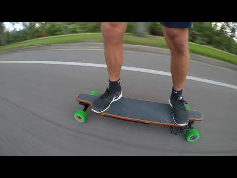 DIY Electric Skateboard 40mph+ and 25+ mile range (The Beast)