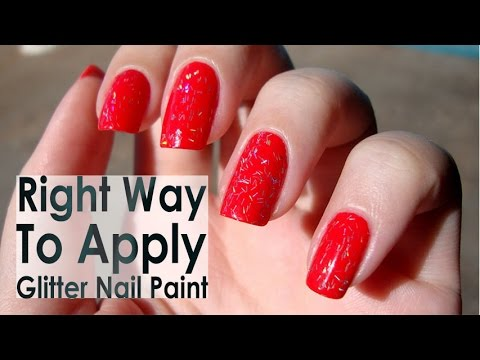 The Right Way To Apply Glitter Nail Paint