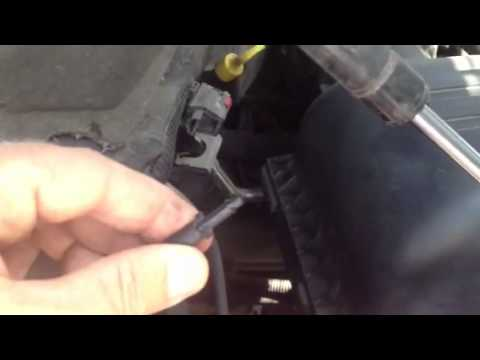 Dodge Ram 1500 window washer nozzle cleaning