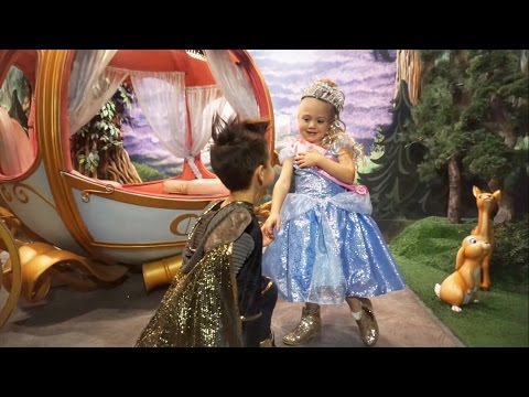EVERLEIGH FINDS HER PRINCE AT DISNEYLAND ON HER BIRTHDAY!
