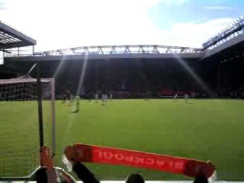 Liverpool 1  Blackpool 2