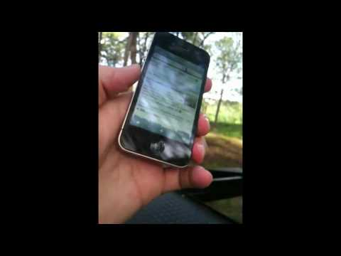 iPhone 4 signal problem demonstrated