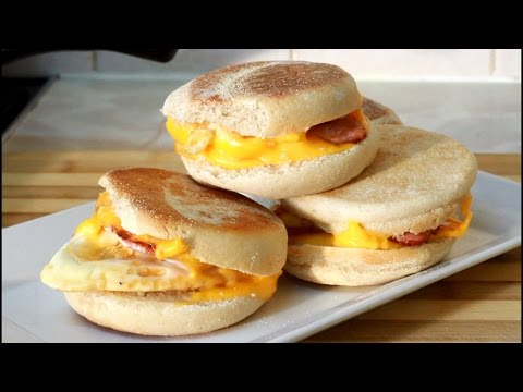 Egg,Bacon,Cheese, Breakfast Muffin Egg,Bacon,Cheese, Breakfast Muffin | Recipes By Chef Ricardo