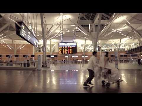 Fairmont Vancouver Airport Runway Wedding