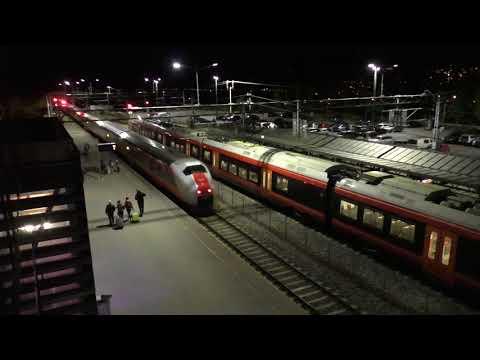(HD) Norway - Trains at Lillehammer & Lillestrøm - 7 & 8/10/17.