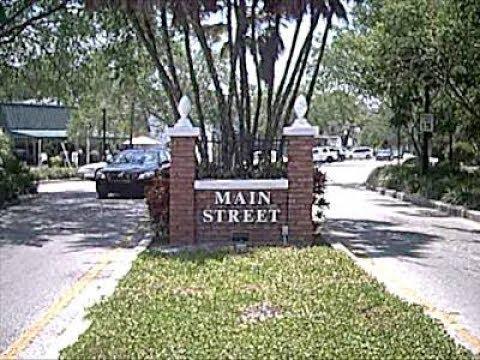 Main & Highland - Dunedin, State of Florida