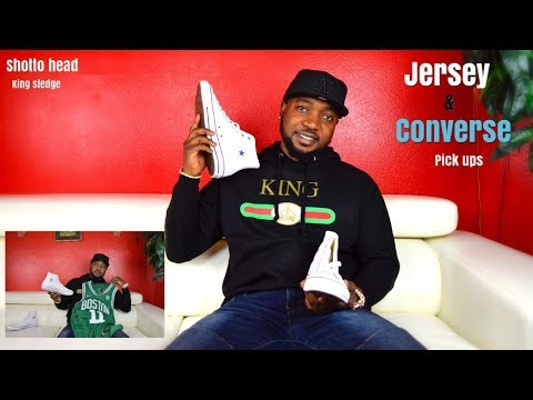 HOW TO DRESS WITH JERSEYS AND CONVERSE