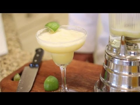 How to Make Simple, Virgin Margaritas : Virgin & Non-Alcoholic Drink Recipes