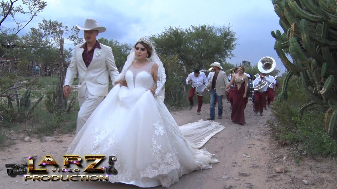 Que Bonitas son Las Bodas de rancho Bailando con la banda rumbo al Baile de Ivian y Julissa
