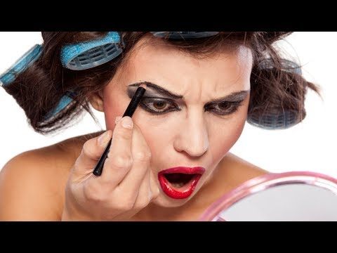 6 Makeup Mistakes That Can Make You Look Twice Older