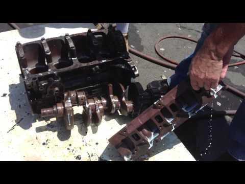 REMOVING RUST: RUSTY METAL MOTOR SUSET AQUATIC BLOCK LIKE NEW part 3