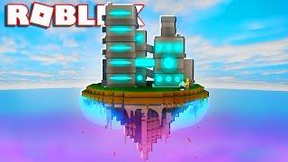 BUILD A FUTURISTIC FACTORY IN THE SKY IN ROBLOX!