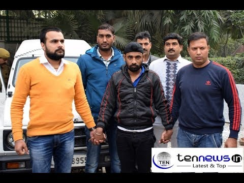 Delhi Police arrests wanted Arms Dealer, Large Number of Illegal weapons confesticated