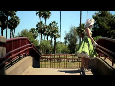 Classic Dame Green Polka Dot 50s Style Swing Dress