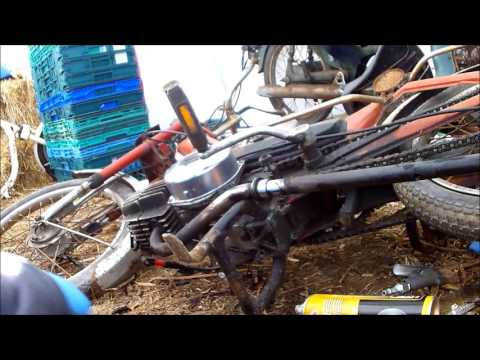 Learning how to remove and decoke a stock Puch Maxi exhaust pt1
