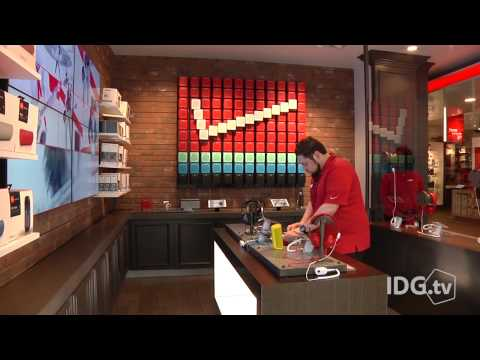 Verizon's new store boasts much more than just phones