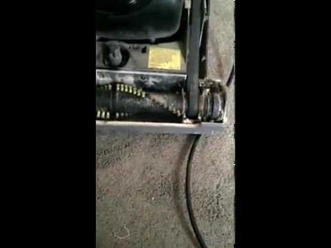 My Eureka vacuum cleaner stopped working because it was clogged, how to unclog my vacuum cleaner