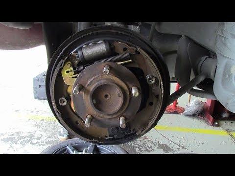 2002  3GMitsubishi Eclipse Brake Shoe Removal Replacing Wheel Cylinder