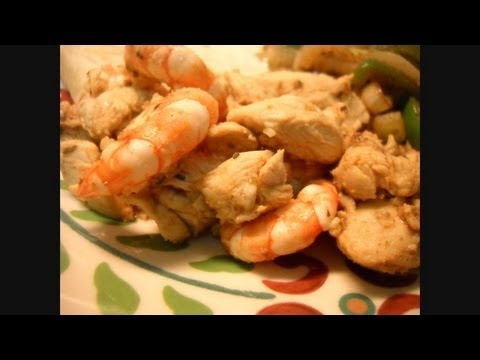 Quick Chicken and Shrimp Fajitas: Noreen's Kitchen