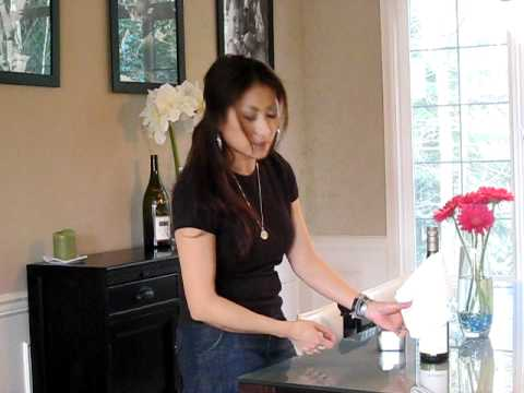 How to dress up a wine bottle with ToweLocs