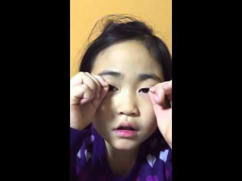 Sophia's know how:how to make double eyelid without surgery