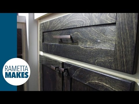 Kitchen Makeover - Make New Shaker Cabinet Doors // DIY