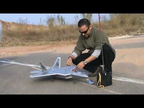 RC F22 Raptor EDF Jet Maiden Flight