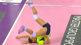 20 FUNNY FAILS IN SPORTS!