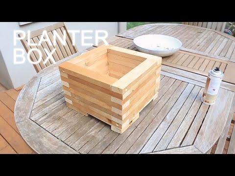 Reclaimed Wood Planter Box - Eski Görünümlü Saksı