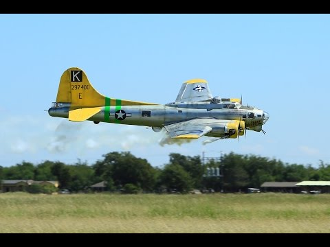 Bomber Field USA / 2015 B-17 & Big Bird Fly-In