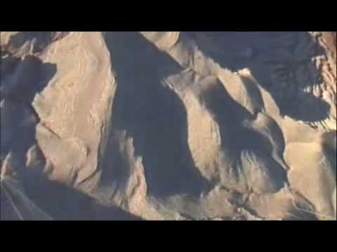 Antenna BASE Jump-Close Call Line Over
