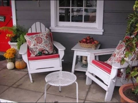 Cozy Small Front Porch Design Ideas