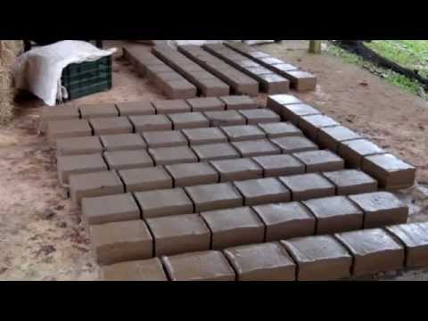 ADOBE BRICK, ADOBE BLOCK, EARTHBAG: Two (2) Methods of making Adobe Bricks