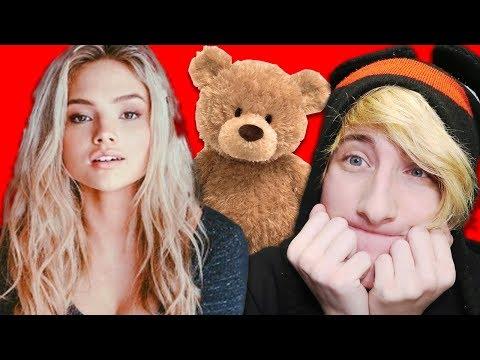 GIVING MY CRUSH A GIANT TEDDY BEAR!! 🐻 😳 High School Story (Roblox Jailbreak)