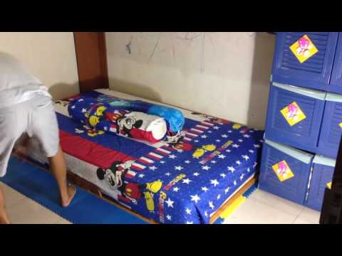 Low Cost & Simple Murphy Bed for Small Children Room