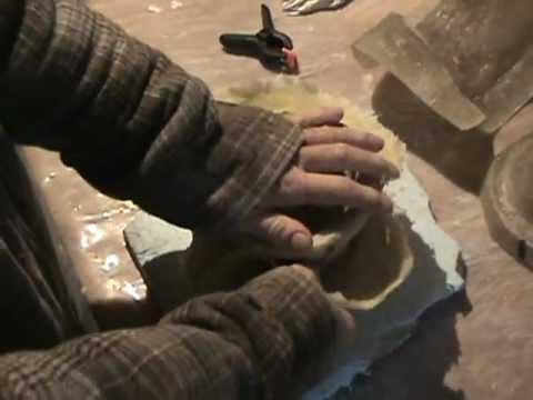 De-molding a Latex Fiberglass Planter Pot Concrete Mould Mold