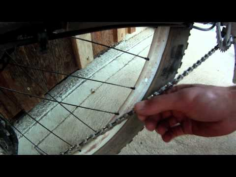 Straighten a bent chain link
