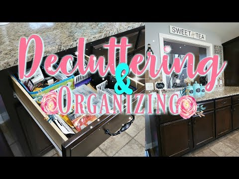 Cleaning Out Decluttering & Organizing My Kitchen Drawers/Junk Drawer/Watch Me Clean Wednesday