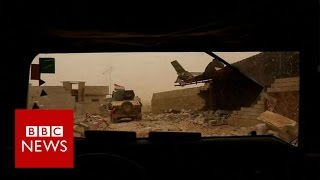 Mosul battle: Moment troops enter outskirts of city - BBC News